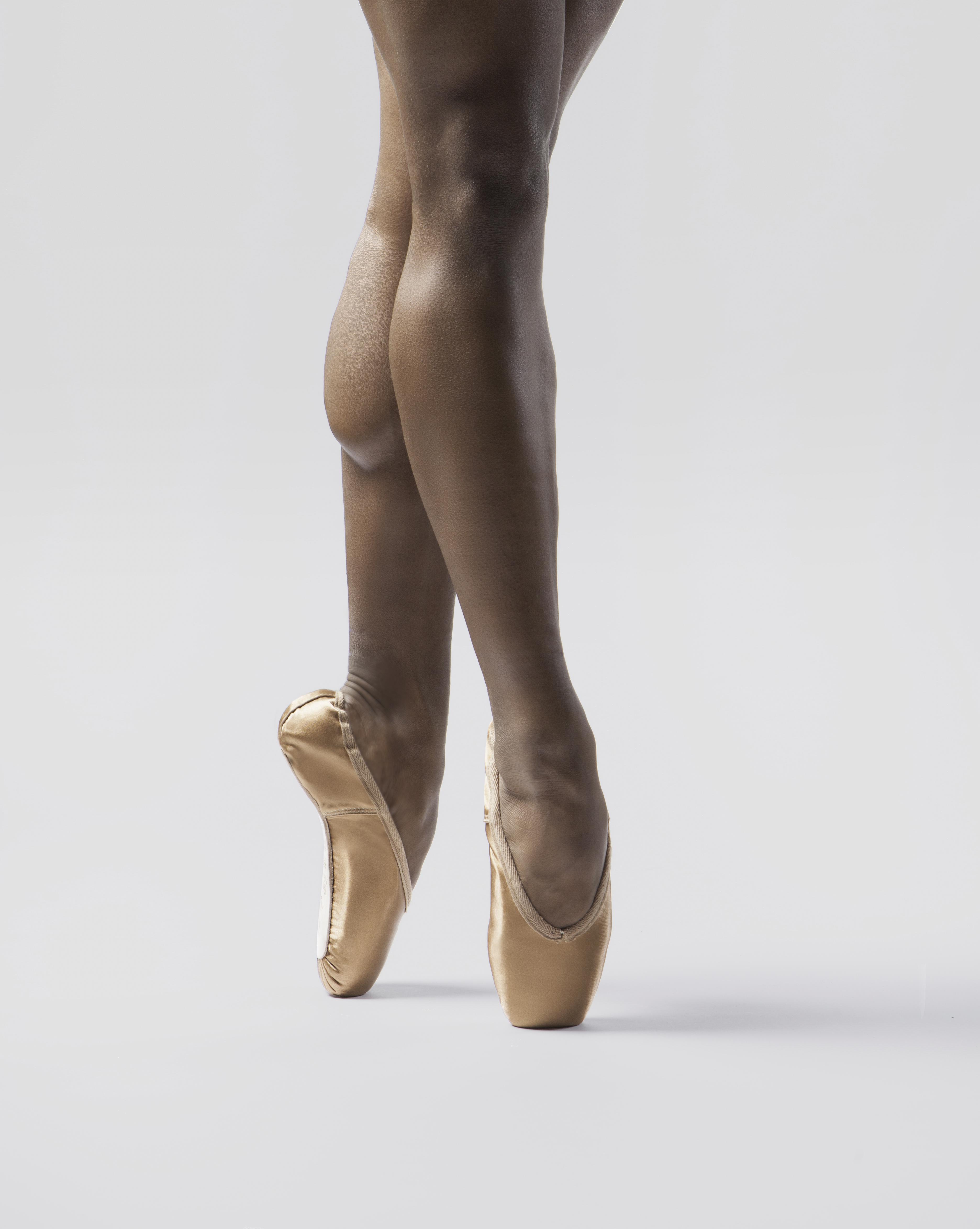 Ballet Bronze